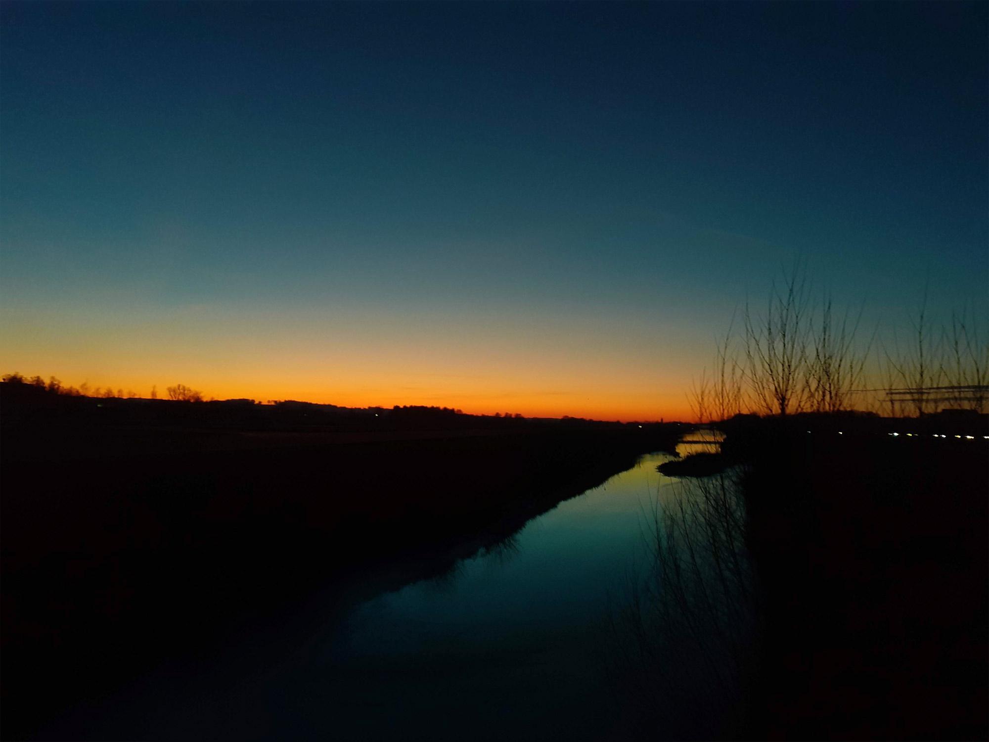 Sonnenuntergang Eggenfelden Flugplatz